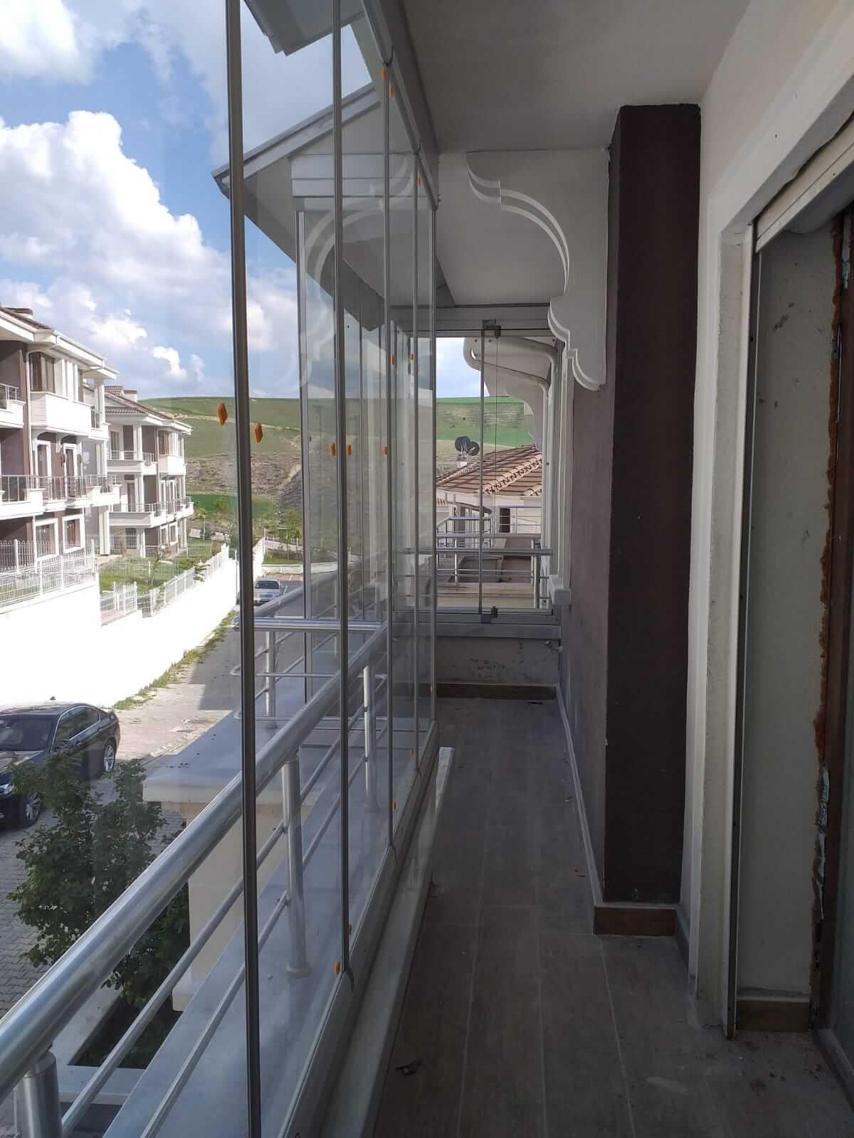 Ankara Bağlıca Pro Gold Cam Balkon